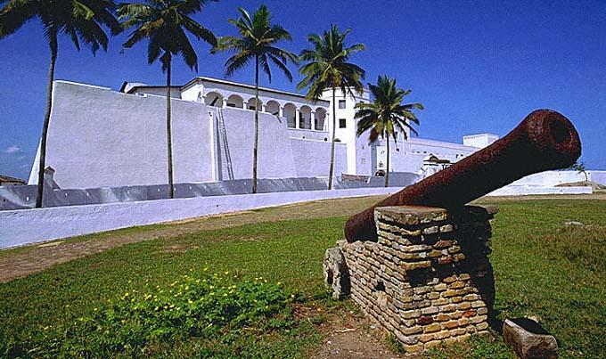 Dismantling Elmina Castle