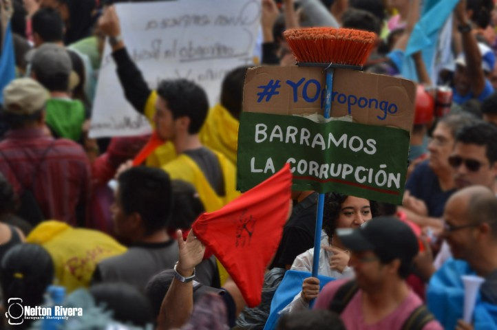 guatemala-protests-impunity-corruption-la-linea-perez-molina